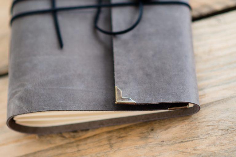 leer-vintage-journal-handgemaakt-donkergrijs-graphite