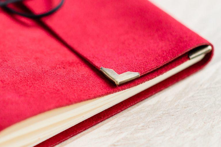 rood-bruiloft-gastenboek-leer-01