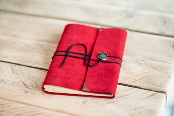 rood-leder-bruiloft-gastenboek