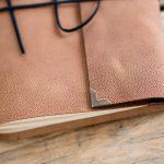 leer-gastenboek-sienna-licht-oranje-bruin-03