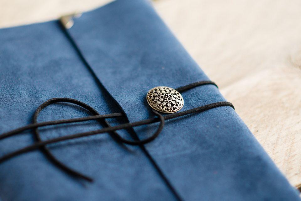 blauw-vintage-gastenboek-journal-handgemaakt-leer-blauw-02